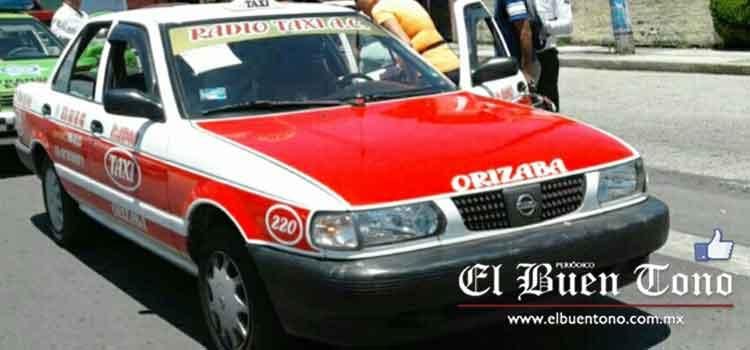 El Buen Tono - Choca taxi contra auto